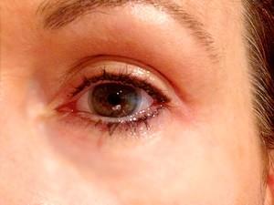 Marienne: Upper Eyeliner